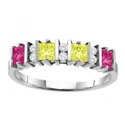 Echo 2 6 Princess Cut Steine Ring mit Akzenten