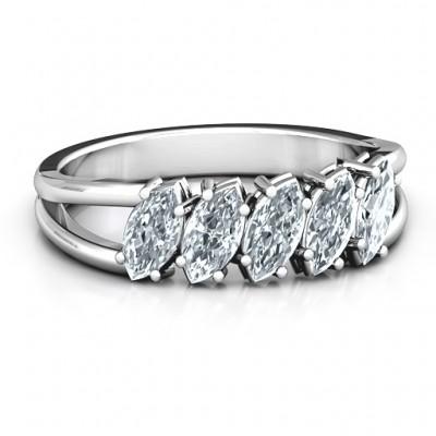 Gewinkelt Marquise Ring