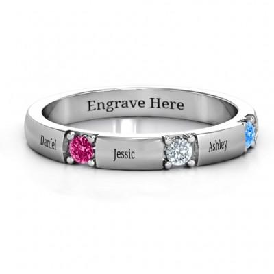 Elegante Drei Edelstein Ring