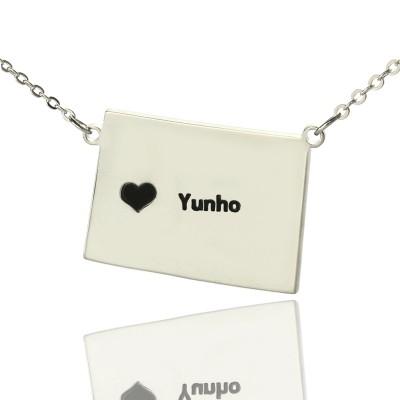 Wyoming State Shaped Karte Halsketten mit Herz Namen Silber