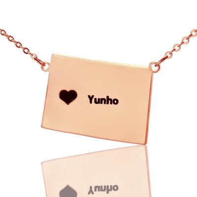 Wyoming State Shaped Karte Halsketten mit Herz Namen Rose Gold