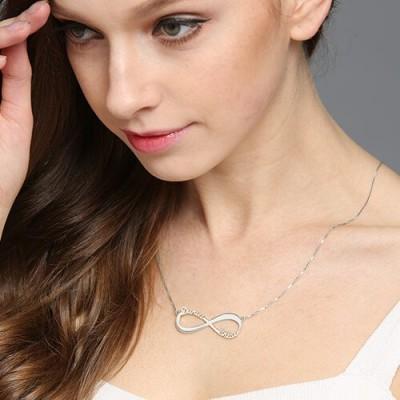 Personalisierte Infinity Symbol Halskette Doppelte Namen