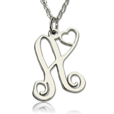 Ein Anfangsmonogramm mit Herz Halsketten Silber