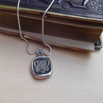 Celtic Liebes Knoten Halskette