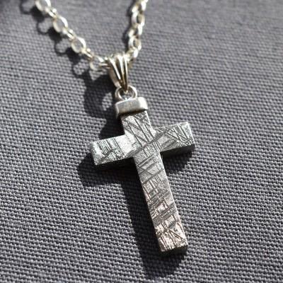 Meteorite und Silber Kreuz Halskette