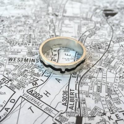 Themse Ausschnitt Ring